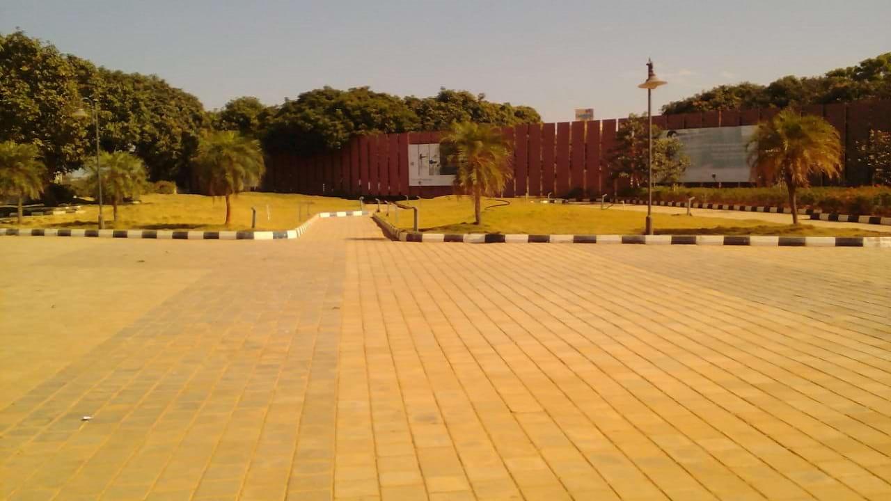 Century-Sports-Village-Amenities-Garden