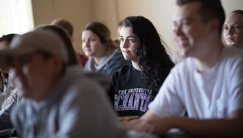 Faculty Adjust Method of Instruction for Fall  banner image