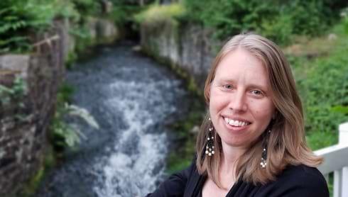 Psychology Professor Receives Conservation Award banner image