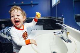 8 moduri in care iti ajuti copiii sa aiba un sistem imunitar puternic