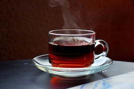 5 ceaiuri care te ajută să slăbești