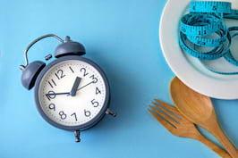 Postul intermitent - slabeste fara sa renunti la alimentele tale favorite