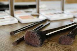 Probleme pe care ti le pot cauza produsele de make-up