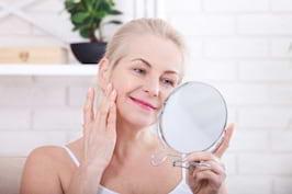 Cum combati problemele tenului care apar la menopauza