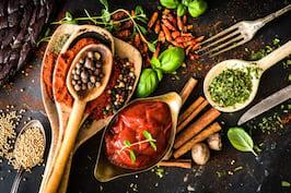Cum sa dai gust mancarii daca ai diabet: sosuri si condimente