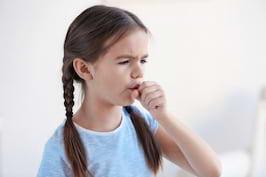 Tusea seaca la copii: cele mai frecvente cauze