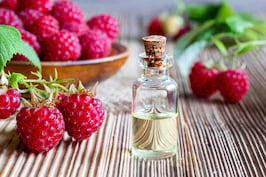Uleiul de zmeură: tratament natural anti-aging