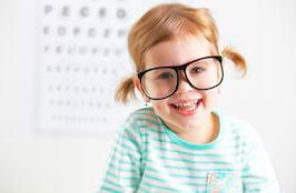 5 motive să-ți duci copilul la oftalmolog