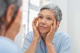 Cum îți păstrezi ochii sănătoși la orice vârstă?
