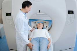 PET/CT cu FDG (fluorodesoxiglucoză) – Investigaţie utilă pentru depistarea şi stadializarea cancerului