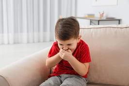Vărsăturile la copii - când e cazul să mergi la medic