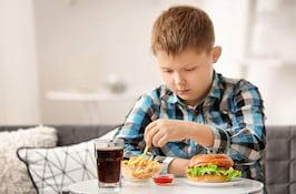 Legătura dintre colesteroul mărit la copii și afecțiunile tiroidei