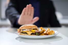 Arsuri la stomac: 7 alimente care le provoacă