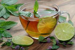 Ceaiul și extractul de mentă: ce beneficii au?
