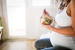 Regimul vegan în sarcină: siguranță, suplimente, plan de dietă