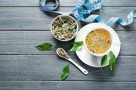 Ceaiurile, ideale pentru detoxifiere - Află care sunt cele mai bune ceaiuri care curăță ficatul