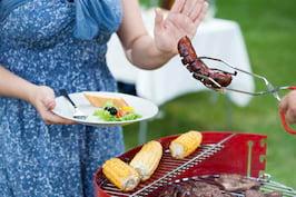 Rețelele de socializare pot contribui la reducerea consumului de carne [studiu]