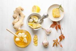 8 remedii naturiste pentru răceală, care iti stimuleaza imunitatea