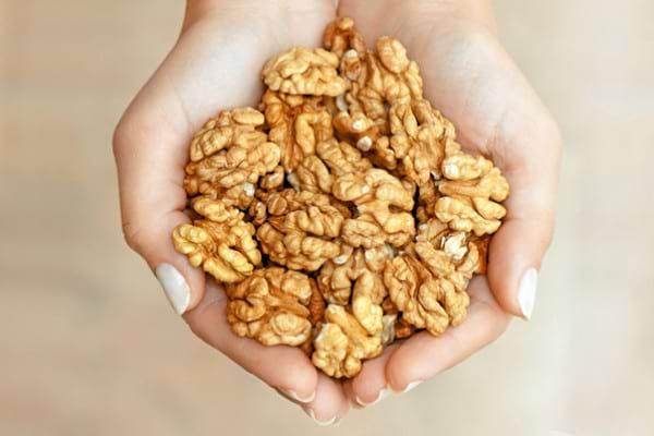 Alimente care contribuie la sănătatea și aspectul unghiilor