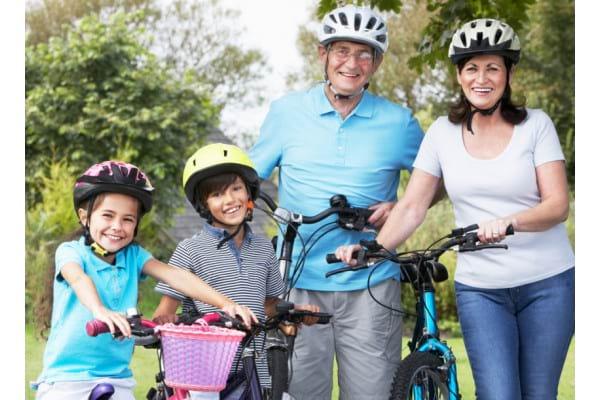 Beneficiile mersului pe bicicleta si recomandari pentru toate varstele