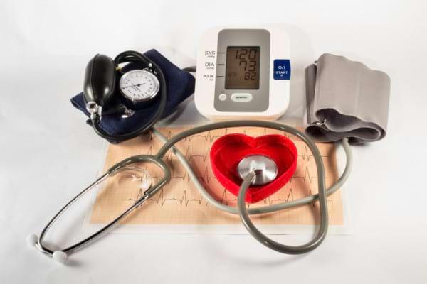 8 factori care iti afecteaza masurarea tensiunii arteriale