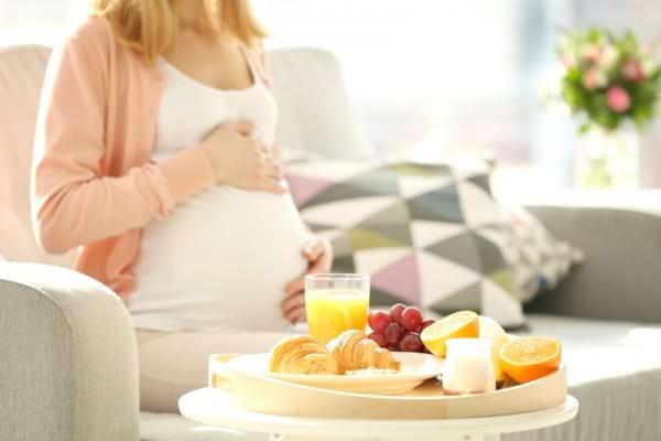 Colita ulcerativa si sarcina: riscuri si tratament