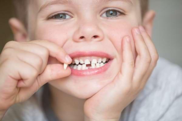 Cum iti dai seama ca trebuie sa mergi cu copilul la ortodont