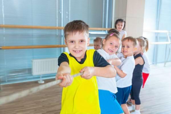 Cum iti inveti copilul sa fie competitiv, dar sa stie sa piarda cu demnitate