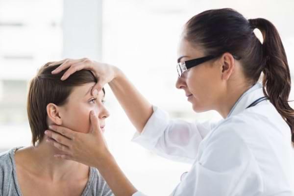 Cum iti poate afecta lupusul vederea