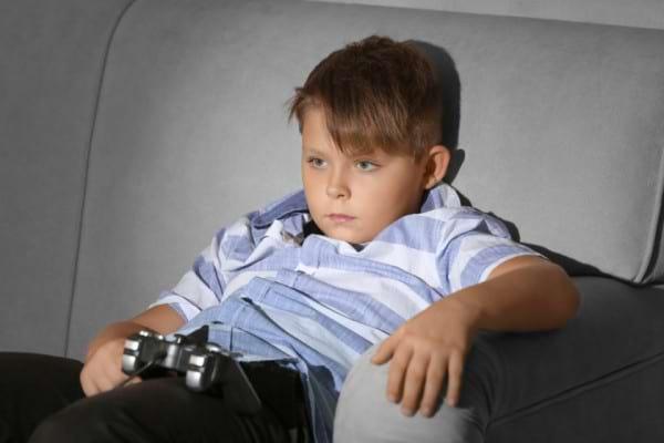Dependenta de jocuri video: semne, consecinte & tratament
