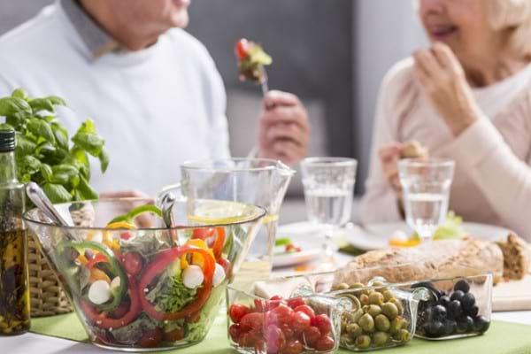 Dieta mediteraneana ar putea reduce riscul de cancer de prostata