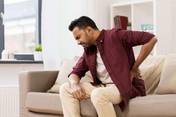 Durerea lombara asociata cu senzatia de greata - ce afectiuni poate trada