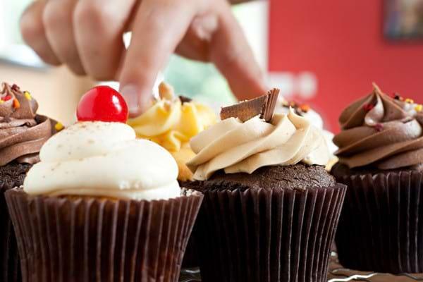 Eliminarea grasimilor trans ar putea reduce incidenta infarctului si a accidentului vascular cerebral