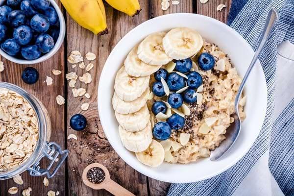 Fulgii de ovăz: beneficii și rețete de mic dejun