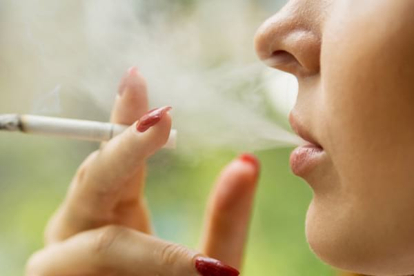 Fumatul, principala cauza a cancerului pulmonar