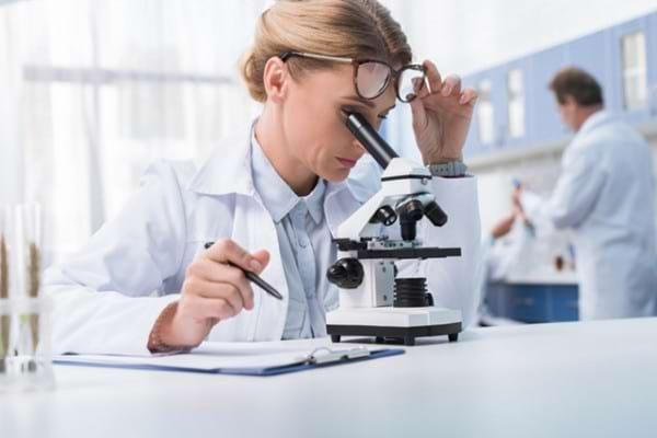 Un tratament controversat in poliartrita reumatoida: inhibitorii enzimei JAK