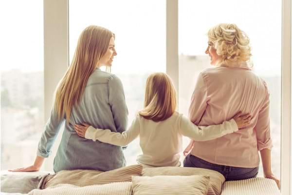 Legatura intre menarha precoce, nuliparitare si menopauza precoce