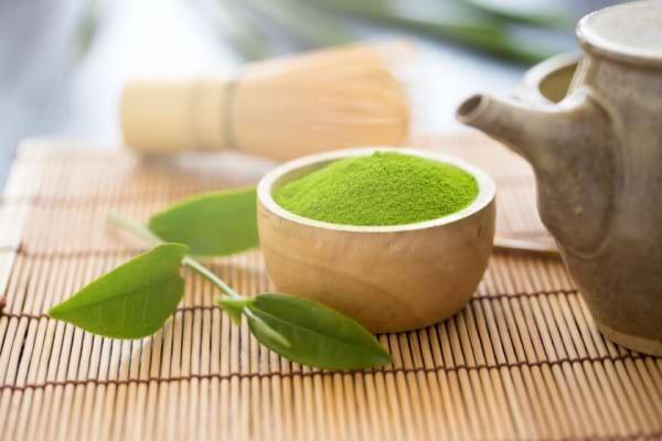 De ce este Matcha superioara altor tipuri de ceai verde