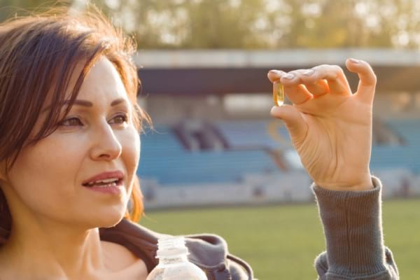 Tranzitia la menopauza: cum te ajuta Omega 3 sa calmezi simptomele depresive [studiu]