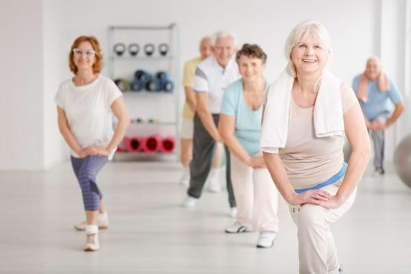 Un stil de viata activ dupa artroplastia de genunchi ar putea creste riscul de fractura de sold