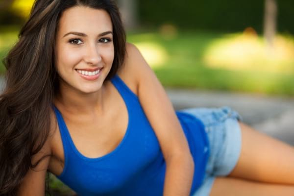 Pielea inchisa la culoare nu va protejeaza de cancerul de piele mortal