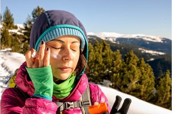 De ce e importanta protectia solara (si) iarna