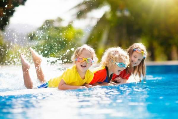 Tu stii cum sa iti protejezi copilul de radiatiile UV nocive? [studiu]