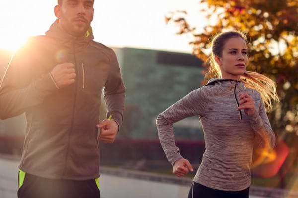 Protectia solara, importanta si atunci cand faci sport afara