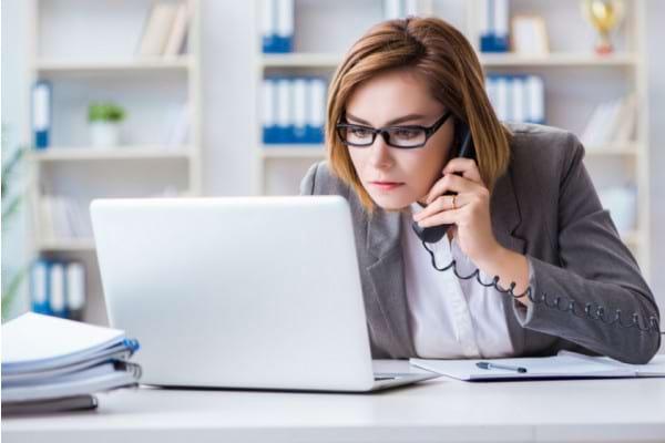 Revenirea la birou dupa concediul de maternitate – cum te readaptezi