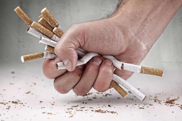 """Cum poti evita """"recidiva"""" fumatului?"""