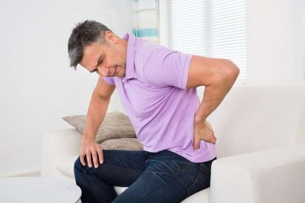 Obiceiuri pe care le poti adopta pentru ameliorarea durerii lombare