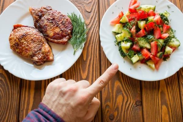 Vrei sa renunti la carne, chiar daca ai diabet? Care sunt beneficiile pentru tine