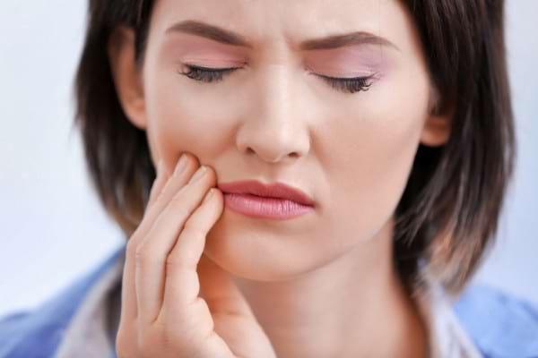 Remedii pentru durerile cauzate de aparatul dentar