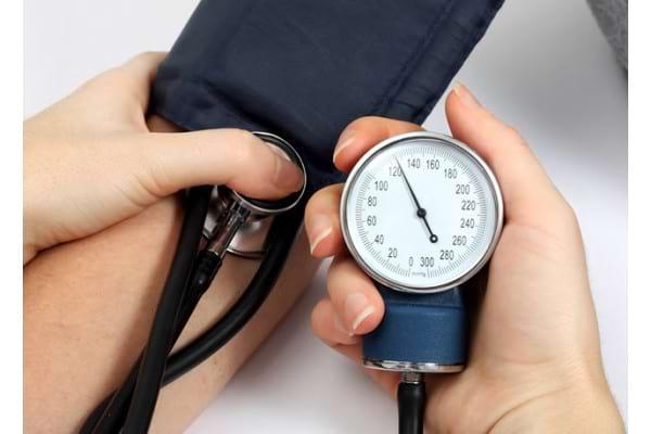 Simptomele si factorii de risc in hipertensiunea arteriala